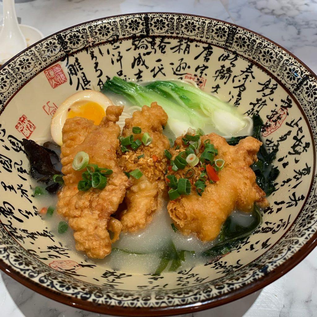 Paradise Dynastyの排骨麺豚骨スープ